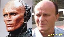 Robocop vs Μίμης Δομάζος