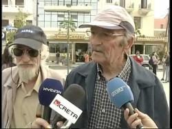 Έλληνας παππούς κάνει σπάσιμο σε συνέντευξη