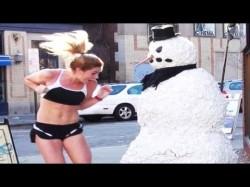 Πλάκα - φάρσα με τον τρομακτικό χιονάνθρωπο